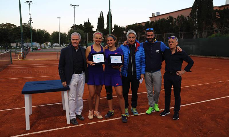 Le vincitrici del torneo di doppio femminile